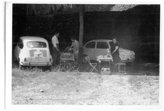AMIGOS DE PICNIC EN SEAT 600
