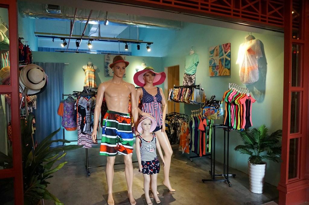 terminal pahlawan melaka - shopping -001