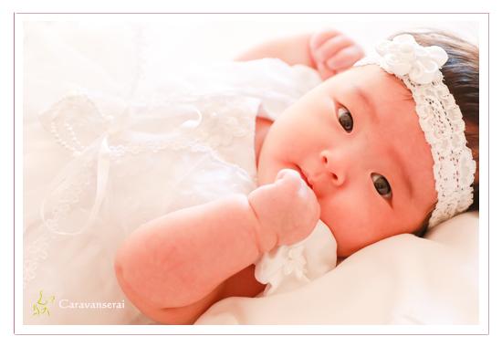 ベビードレス 女の子 お宮参り写真 100日参り 愛知県長久手市 双子の赤ちゃん 家族写真 ベビーフォト 着物 ファミリーフォト データ納品 自然な