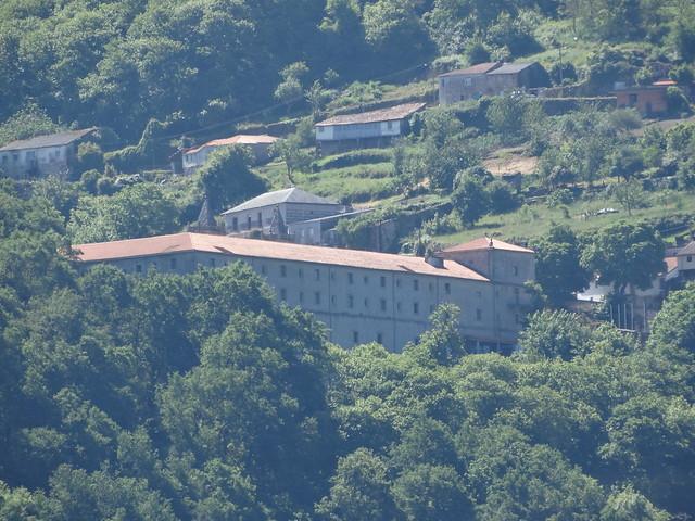 Monasterio de San Estevo de Ribas de Sil desde Pantón