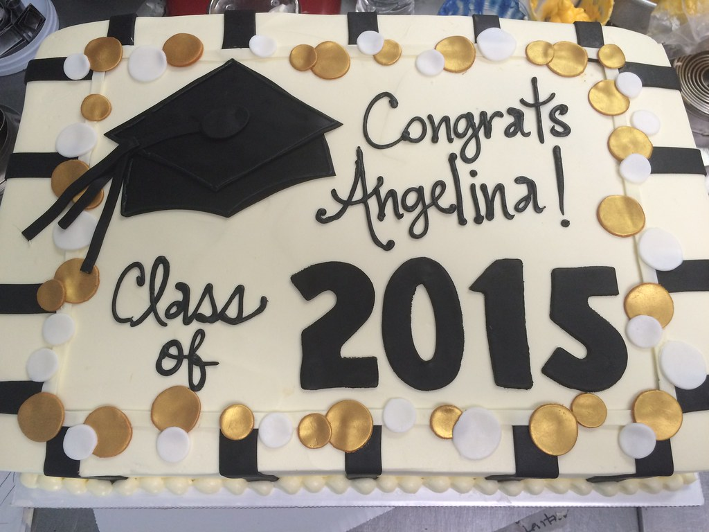 Graduation Cakes With Yellow And Black