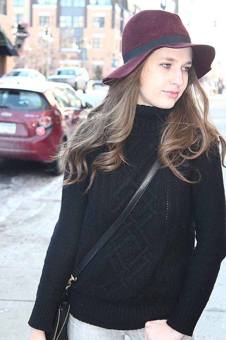 inexpencive-burgandy-hat