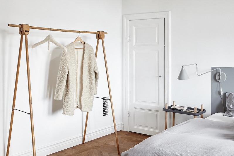 10-bedside-lamp
