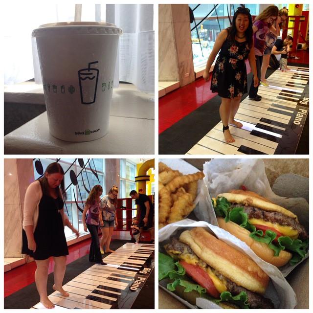 Morning in NYC with @readthisya #shakeshack #Bigpiano