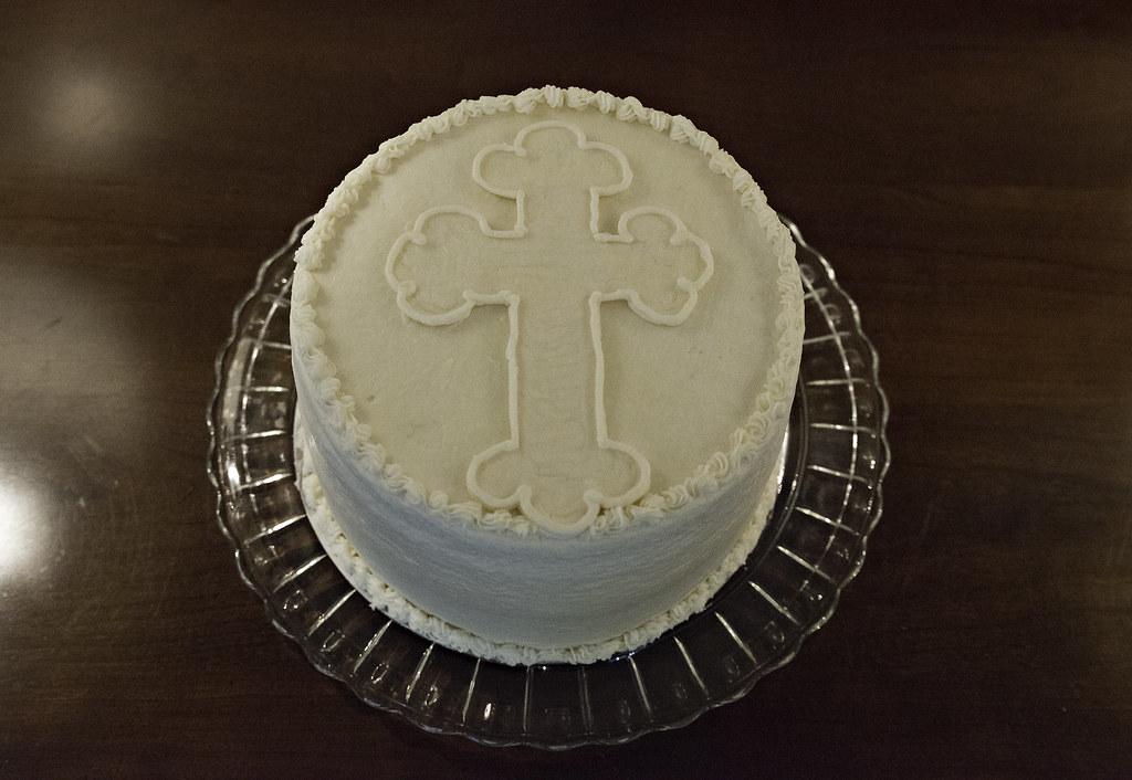 cross cake