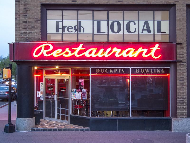 Lit Fresh Local Restaurant