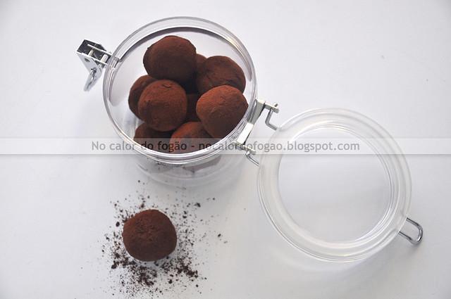 Trufas de Nutella no potinho