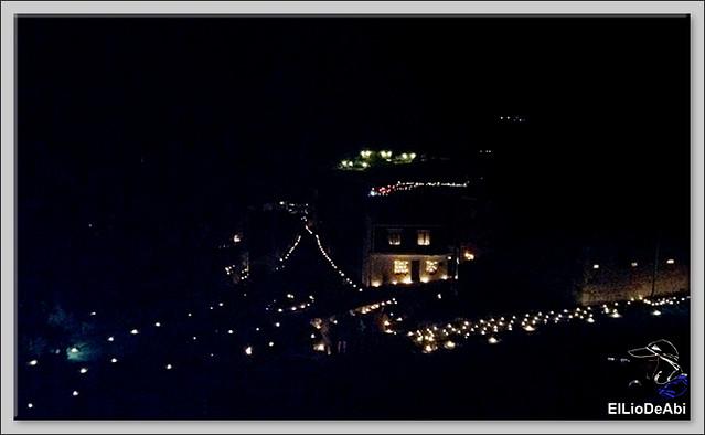 10.000 velas iluminan Fuentidueña en la noche de agua y fuego 21