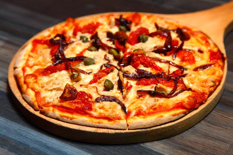 Tuna-Pizza