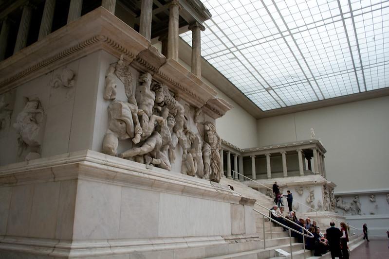 Pergamon Alta circa 2011 - Pergamon Museum - Treasures of Berlin's Museum Island | packmeto.com