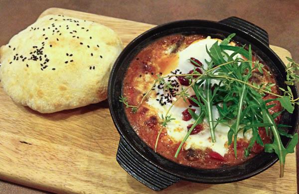 fahrenheit-600-restaurant-aunty-joanas-baked-egg