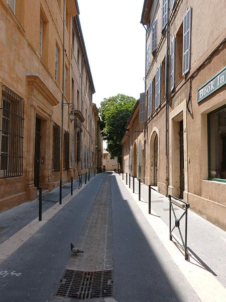 rue aix 2