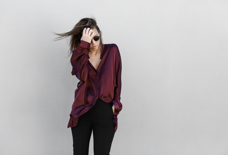 modern legacy, fashion blog, street style, black flares, bucket bag, burgundy silk shirt (1 of 1)