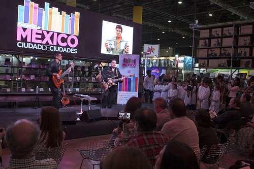 Brilló la ciudad de México en la Feria del Libro de Buenos Aires