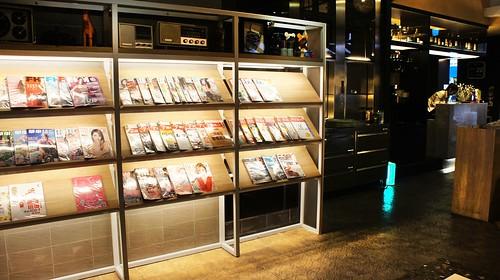 高雄PAIPAIZAN排排饡明誠店|新菜色新登場-一樓書報架