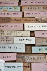 de fabriek op zondag - wood & word signs