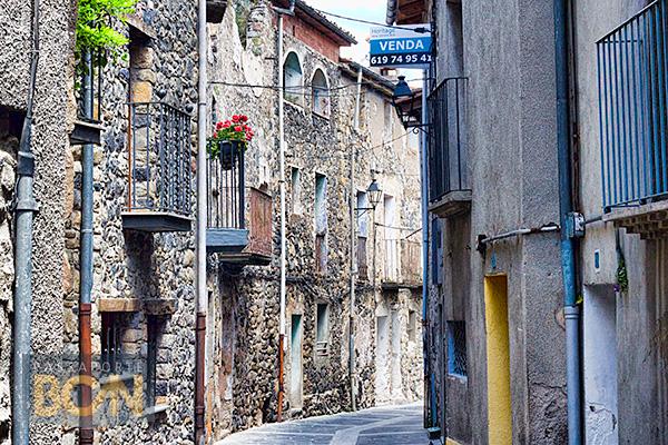 Castellfollit de la Roca, Girona