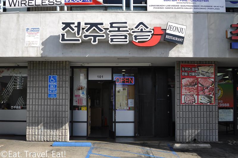 Jeon Ju- Los Angeles (Koreatown), CA: Exterior