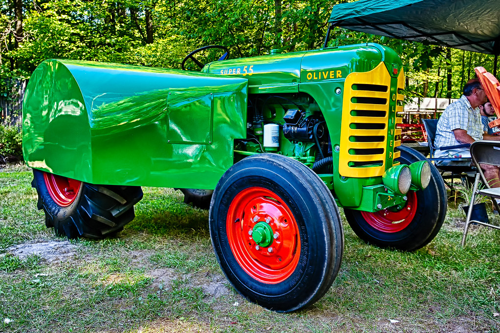 Tractor And Car Show : Oliver super orchard tractor deer acres car show