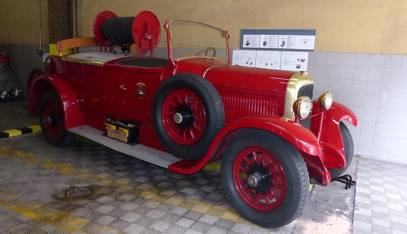 Delahaye auto pompe 1928 - Sapeurs Pompier de Paris - Centre de secours du Vieux Colombier Juin 2015 18452606462_88b39c37d0_c