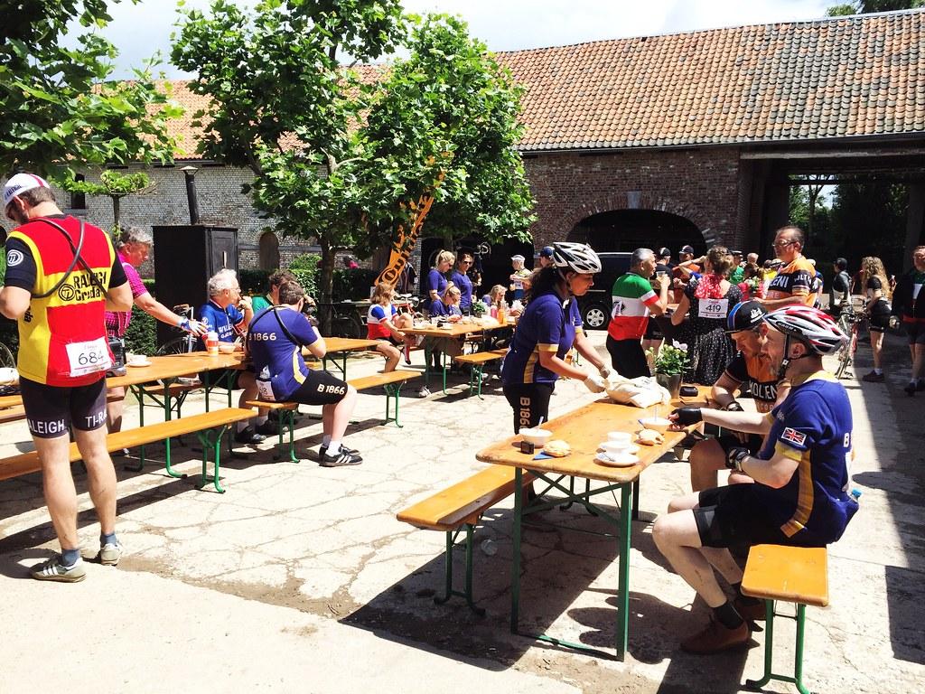 Eroica-Limburg-Food-Stop