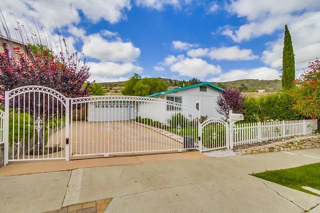 14337 High Pine Street, Poway, CA 92064