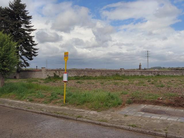20150505 Leernes, Cimetière (halte / arrêt TEC)