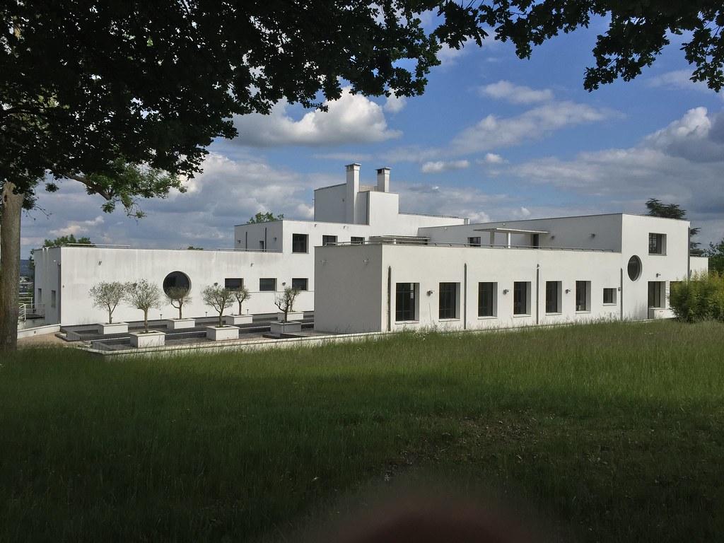 Maison art d co villa poiret mezy sur seine luc legay for Art maison deco