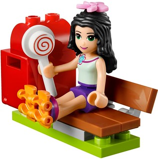 LEGO Friends 2015: 41098 - Emma's Tourist Kiosk