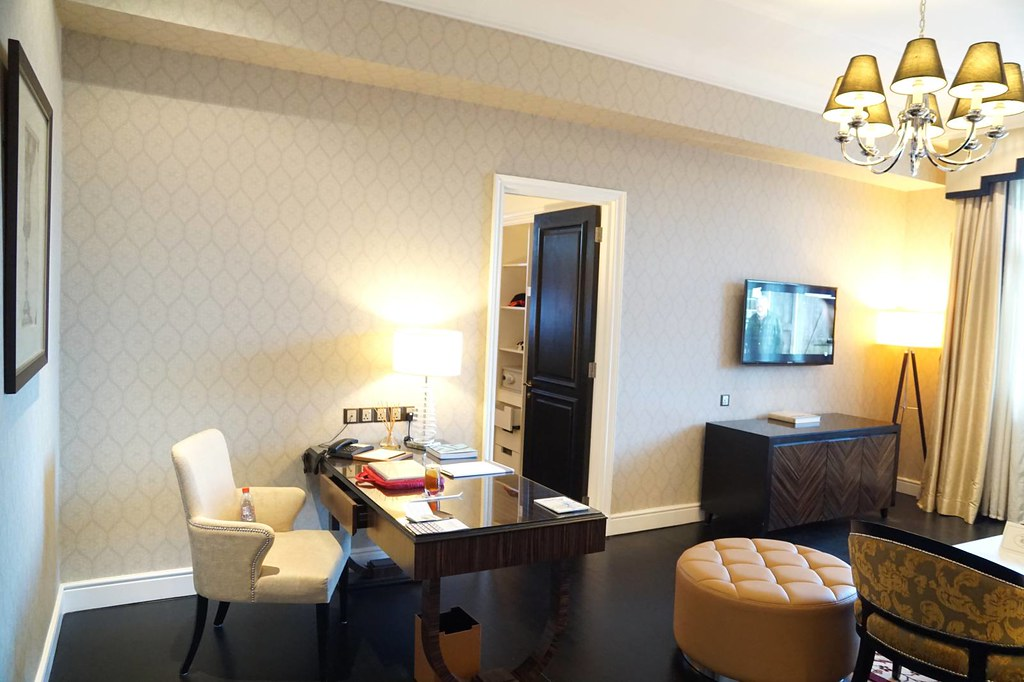 Staying at Majestic Hotel KL - the Governor Suite -005
