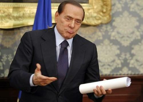 Berlusconi se equivoca de mitin en campaña electoral italiana