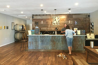 Joseph Jewell Winery - Wine tasting room