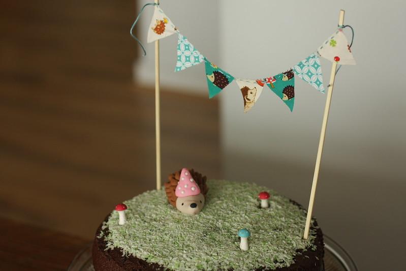 hedgie cake