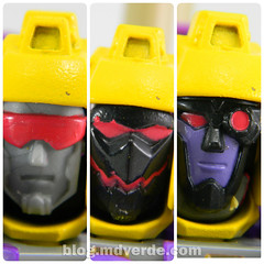 Transformers Blitzwing Voyager - Generations - modo robot