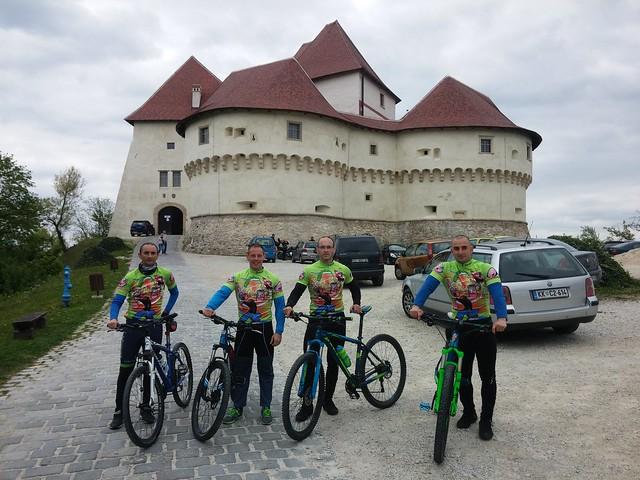 Tu, među nama // Strastveni koprivnički biciklisti Aleksandar, Mario, Goran i Nikola samo prošle godine prevalili više od 6000 kilometara