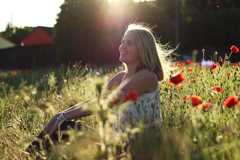 Alisha Mohnfeld mit Sonne juni 2015 029gimp