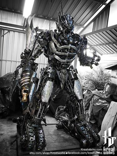 Dieselpunk recycled metal statues by Kreatworks - Transformers Megatro