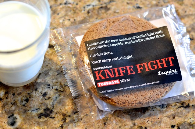 knife fight cricket cookie