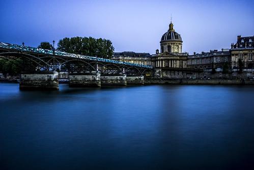 Le Pont des Arts, nuit