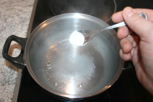 34 - Wasser salzen / Salt water