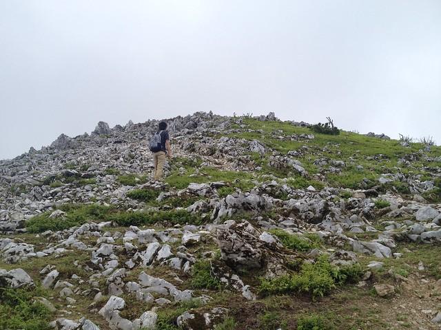 霊仙山 経塚山