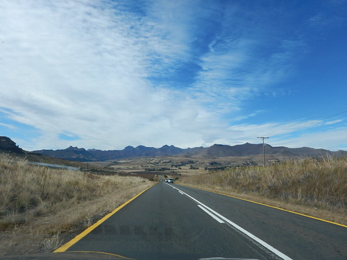 Driving to Golden Gate Highlands