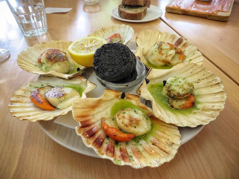 A platter of Scottish scallops