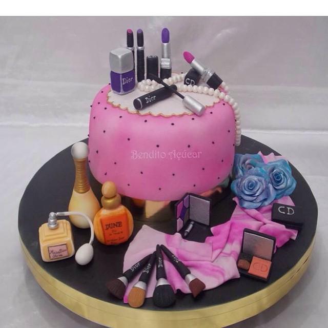 Christian Dior Cake confeitaria confeitariaartstica pa Flickr