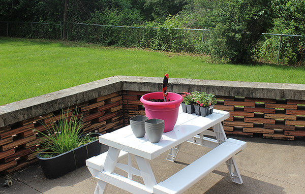 planting-table