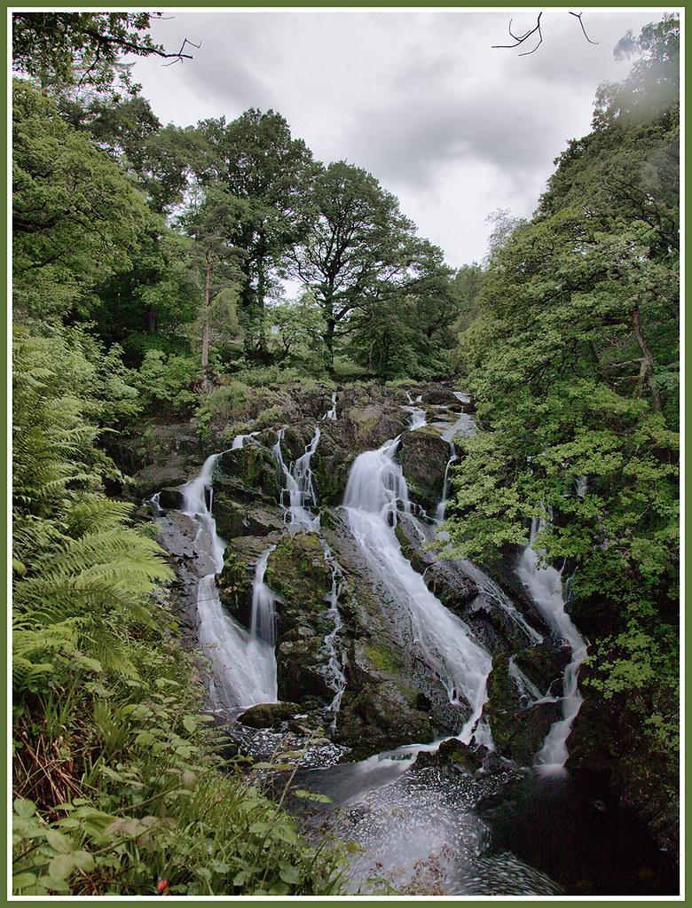 Snowdonia National Park, Wales 27717172624_c97459ba25_b