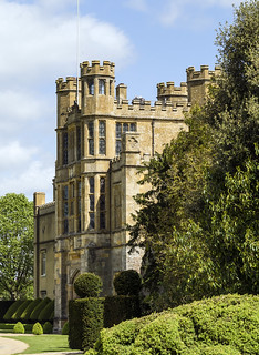 Coughton Court 458 (170)