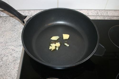 19 - Butterschmalz erhitzen / Heat up ghee