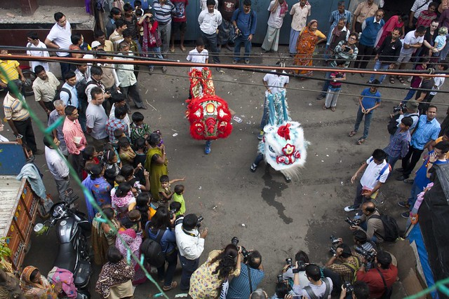 Chinese Lion Dance - Chinese New Year 2015, Kolkata, India