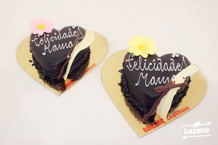 Conjunto de tartas conmemorativa Lozano, para el Día de la Madre